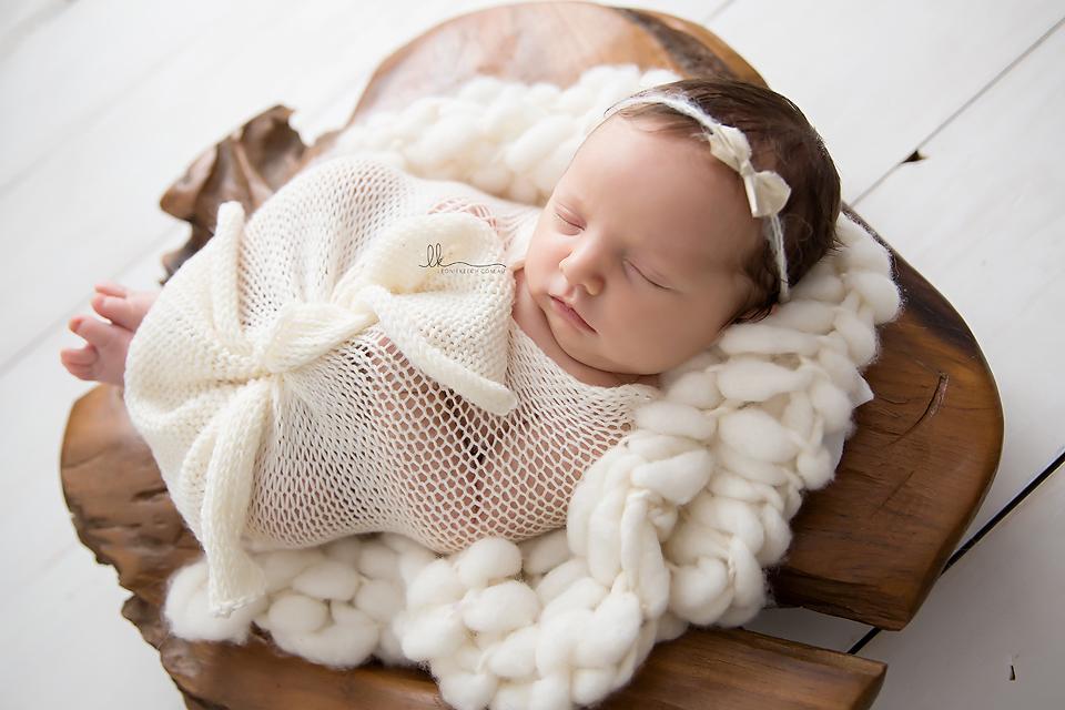 Ella Tamworth Newborn Photographer